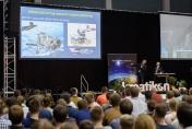 Stuart Burgess hat das Verkabelungssystem mehrerer milliardenschwerer Raumfahrtprojekte verantwortet.